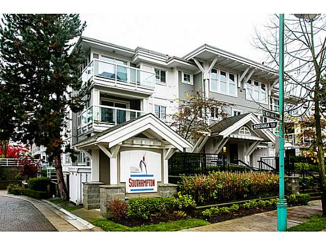 "Main Photo: 111 3038 E KENT Avenue in Vancouver: Fraserview VE Condo for sale in ""SOUTH HAMPTON"" (Vancouver East)  : MLS(r) # V1035735"