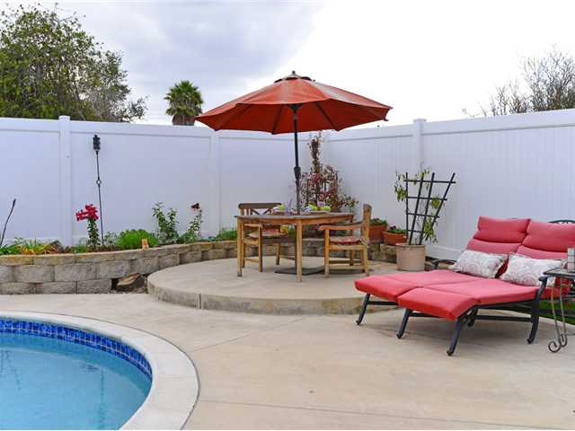Photo 19: CLAIREMONT House for sale : 4 bedrooms : 3633 Morlan Street in San Diego