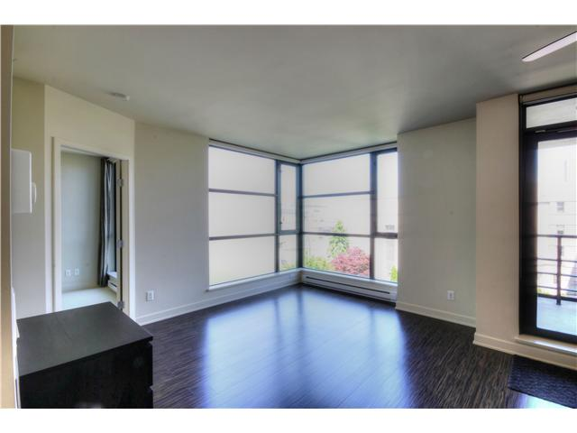 "Photo 6: 412 750 W 12TH Avenue in Vancouver: Fairview VW Condo for sale in ""TAPESTRY"" (Vancouver West)  : MLS(r) # V1068954"