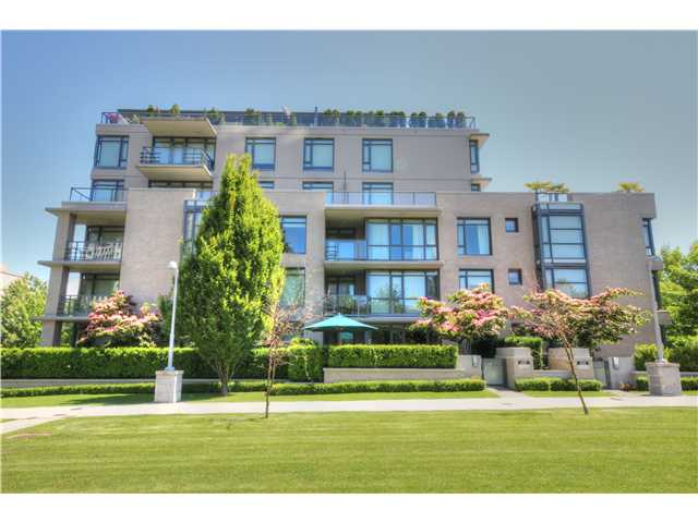 "Main Photo: 412 750 W 12TH Avenue in Vancouver: Fairview VW Condo for sale in ""TAPESTRY"" (Vancouver West)  : MLS® # V1068954"