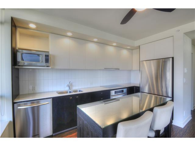 "Photo 8: 412 750 W 12TH Avenue in Vancouver: Fairview VW Condo for sale in ""TAPESTRY"" (Vancouver West)  : MLS(r) # V1068954"