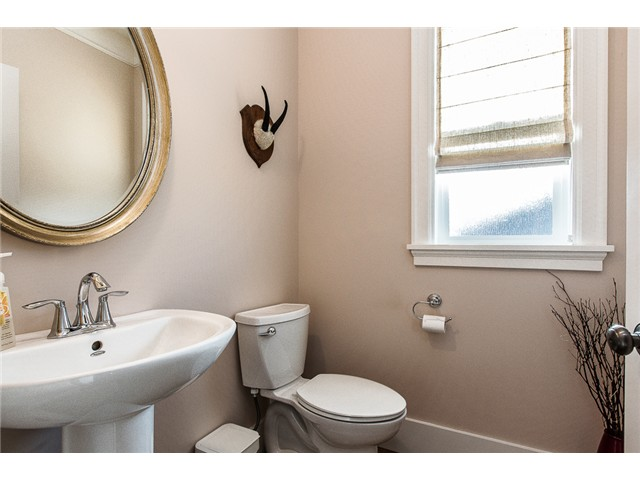 Photo 12: 214 ANTHONY Court in New Westminster: Queens Park House for sale : MLS® # V1105852