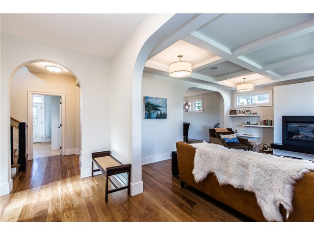 Photo 4: 214 ANTHONY Court in New Westminster: Queens Park House for sale : MLS® # V1105852