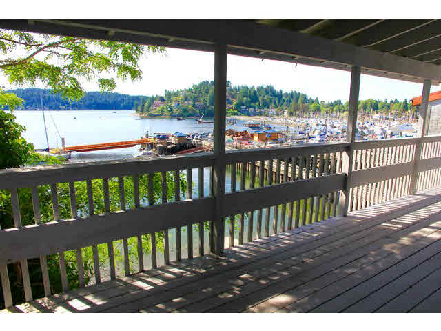 Main Photo: 418 MARINE Drive in Gibsons: Gibsons & Area House for sale (Sunshine Coast)  : MLS® # V1136706
