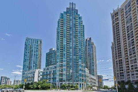 Main Photo: 3010 3939 Duke Of York Boulevard in Mississauga: City Centre Condo for lease : MLS® # W3428179