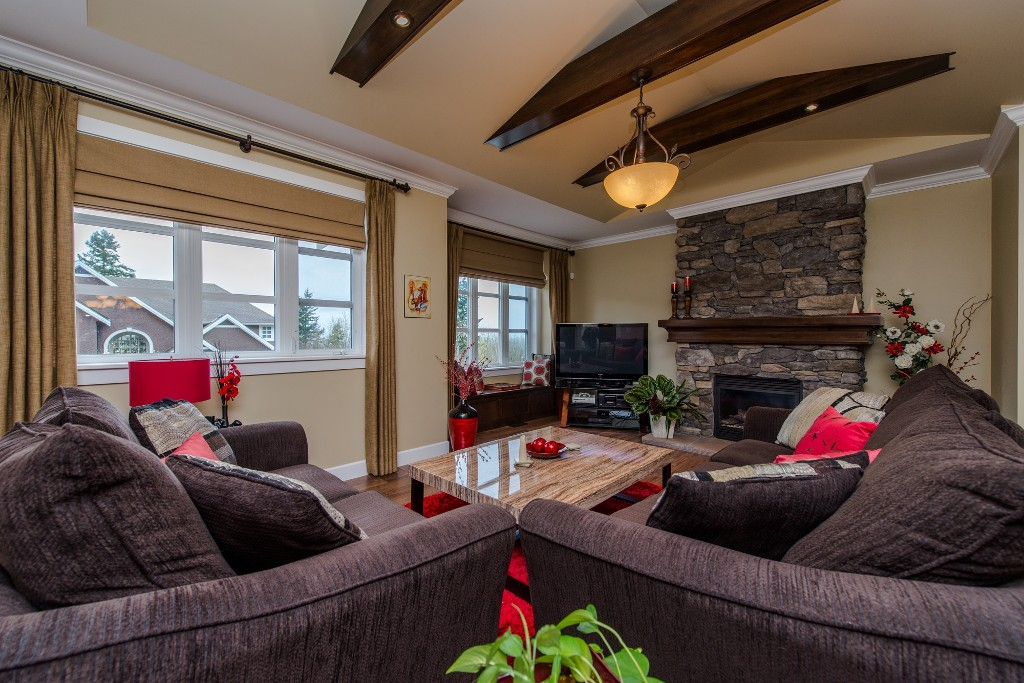 "Photo 7: 3282 BOXWOOD Court in Abbotsford: Abbotsford East House for sale in ""The Highlands"" : MLS® # R2049966"