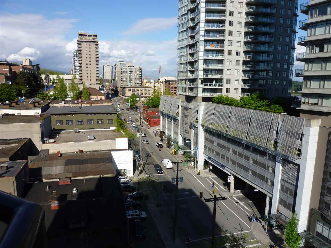 "Photo 10: 801 828 AGNES Street in New Westminster: Downtown NW Condo for sale in ""WESTMINSTER TOWERS"" : MLS(r) # R2065181"