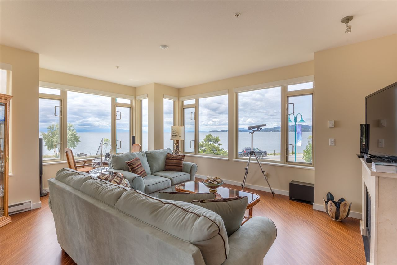 Main Photo: 228 5160 DAVIS BAY Road in Sechelt: Sechelt District Condo for sale (Sunshine Coast)  : MLS(r) # R2076626