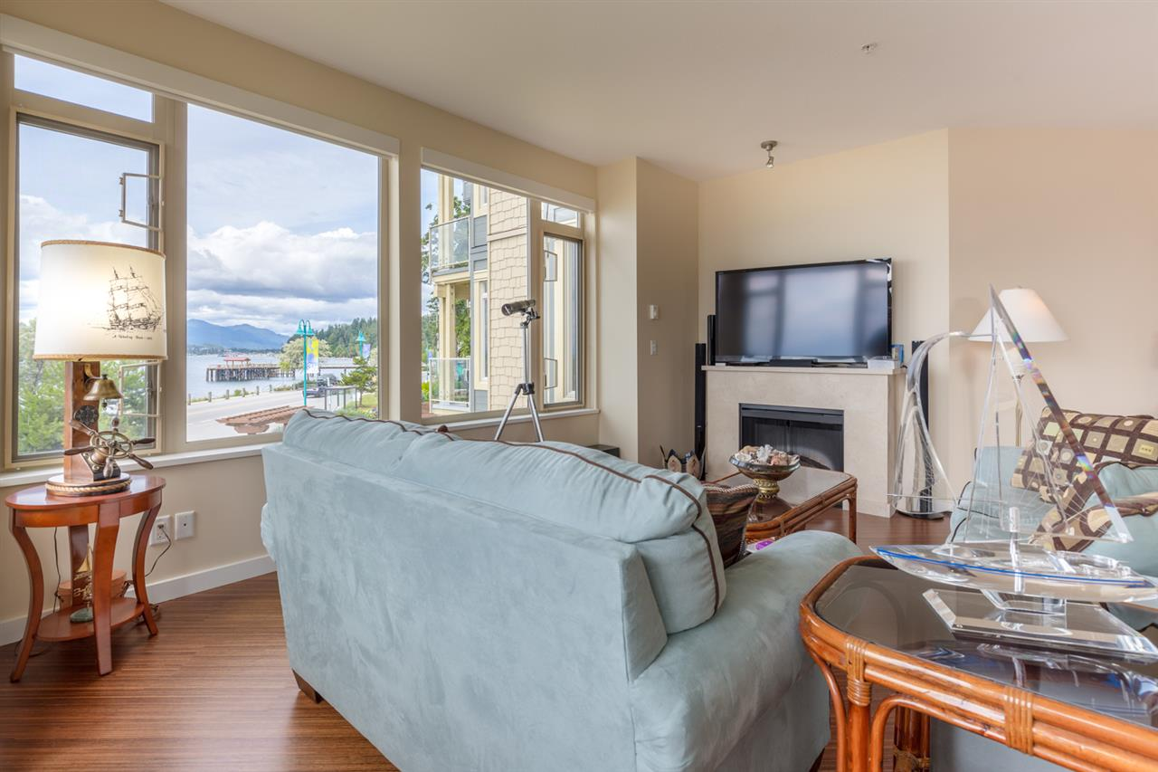 Photo 2: 228 5160 DAVIS BAY Road in Sechelt: Sechelt District Condo for sale (Sunshine Coast)  : MLS(r) # R2076626