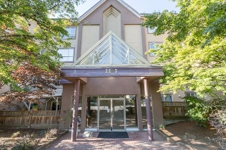 "Main Photo: 206 2285 PITT RIVER Road in Port Coquitlam: Central Pt Coquitlam Condo for sale in ""SHAUGHNESSEY MANOR"" : MLS® # R2097343"