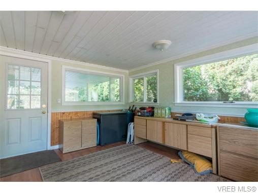 Photo 11: 1044 Clarke Road in BRENTWOOD BAY: CS Brentwood Bay Single Family Detached for sale (Central Saanich)  : MLS(r) # 369814