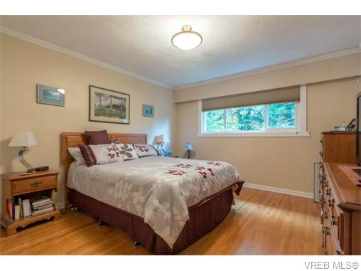 Photo 8: 1044 Clarke Road in BRENTWOOD BAY: CS Brentwood Bay Single Family Detached for sale (Central Saanich)  : MLS(r) # 369814