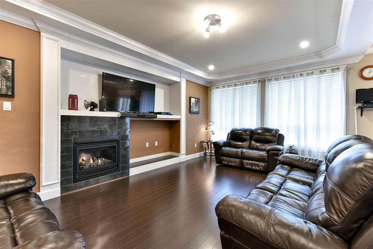 Photo 6: 21043 83RD Avenue in Langley: Willoughby Heights House for sale : MLS(r) # R2127986