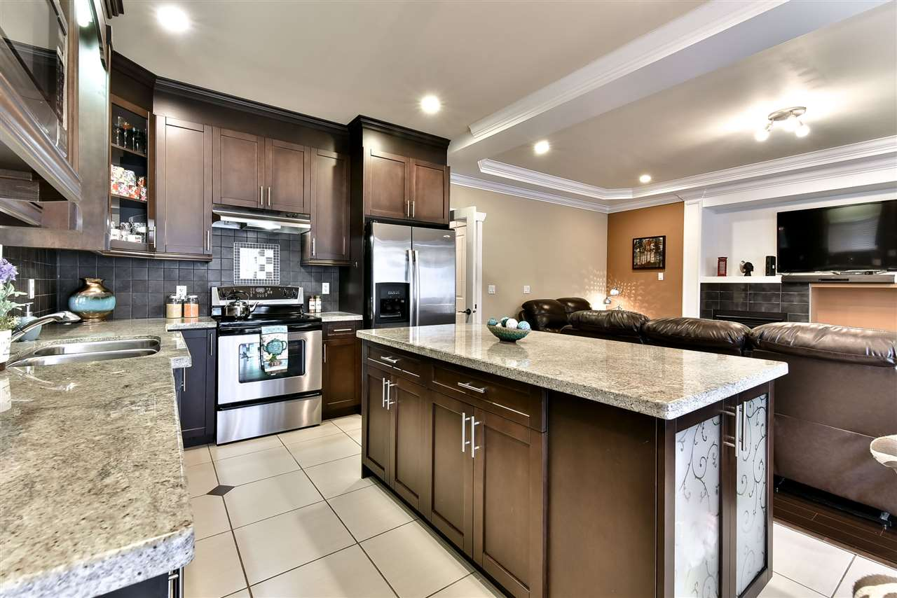 Photo 10: 21043 83RD Avenue in Langley: Willoughby Heights House for sale : MLS(r) # R2127986