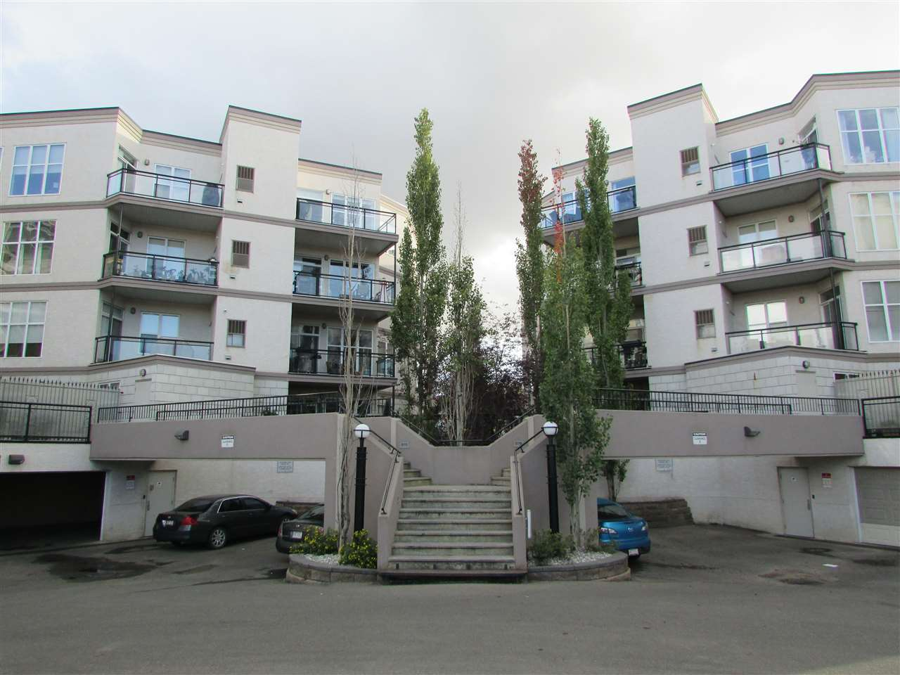 Main Photo: 112 4835 104A Street in Edmonton: Zone 15 Condo for sale : MLS(r) # E4047942