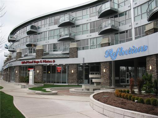 Main Photo: 301 2745 Veterans Memorial Parkway in VICTORIA: La Mill Hill Condo Apartment for sale (Langford)  : MLS® # 373403