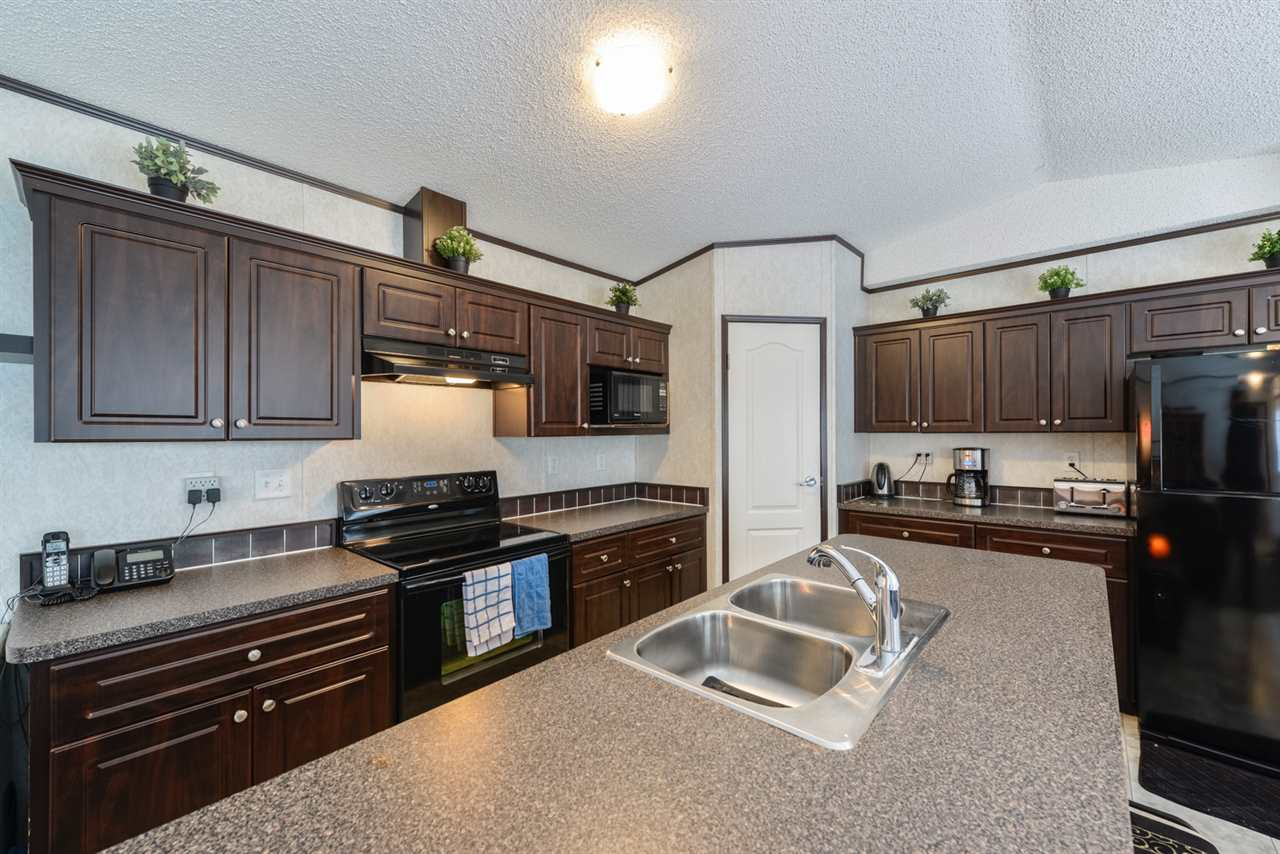 Main Photo: 112 JUTLAND Crescent: Stony Plain Manufactured Home for sale : MLS® # E4048743