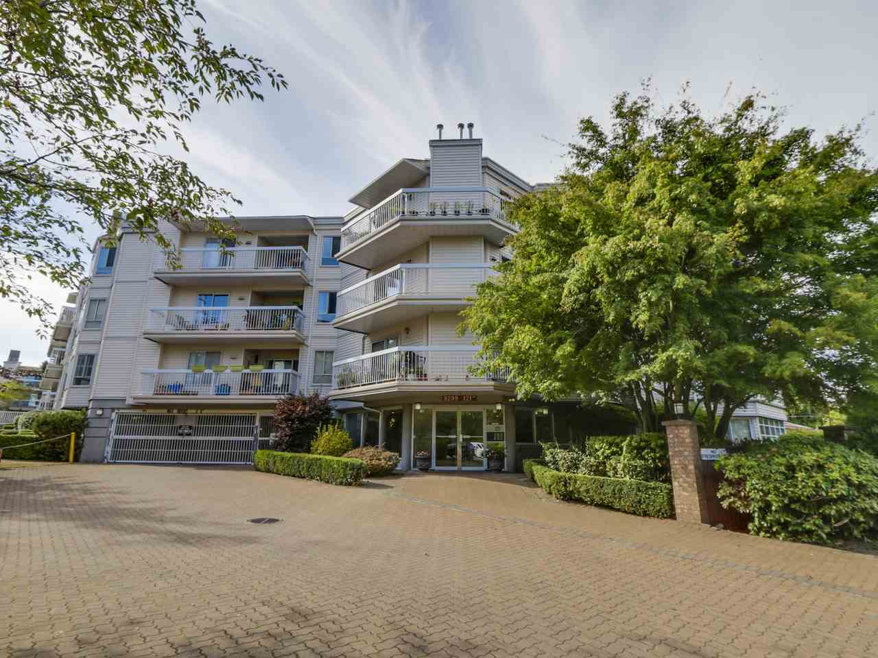 Main Photo: 208 9299 121 STREET in : Queen Mary Park Surrey Condo for sale : MLS(r) # R2104259