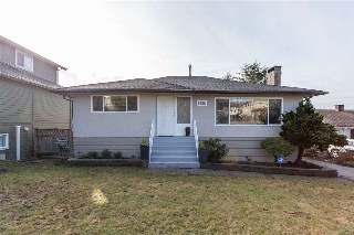 Main Photo: 6858 BROADWAY in Burnaby: Montecito House for sale (Burnaby North)  : MLS(r) # R2142006