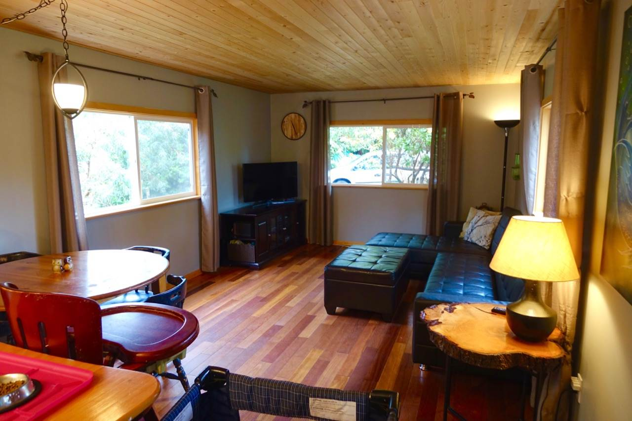 Photo 5: Photos: 86 1413 SUNSHINE COAST Highway in Gibsons: Gibsons & Area Manufactured Home for sale (Sunshine Coast)  : MLS® # R2145190