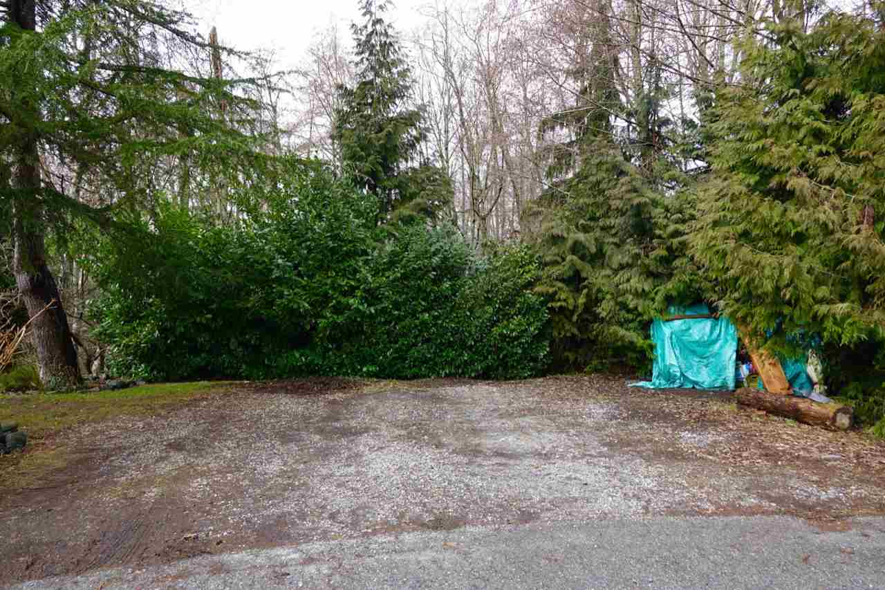 Photo 18: Photos: 86 1413 SUNSHINE COAST Highway in Gibsons: Gibsons & Area Manufactured Home for sale (Sunshine Coast)  : MLS® # R2145190