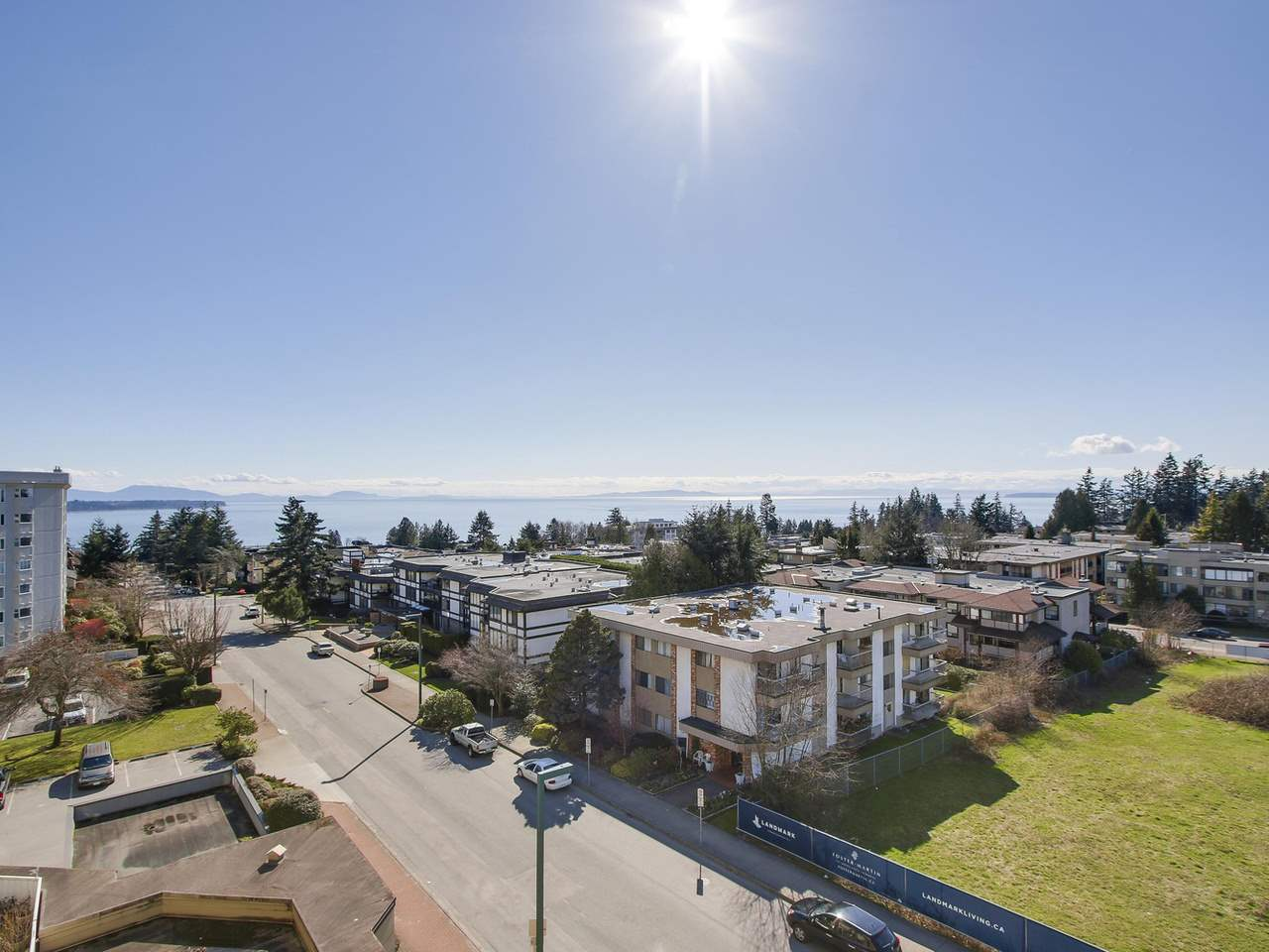 "Main Photo: 503 1480 FOSTER Street: White Rock Condo for sale in ""WHITE ROCK SQUARE I"" (South Surrey White Rock)  : MLS® # R2151020"