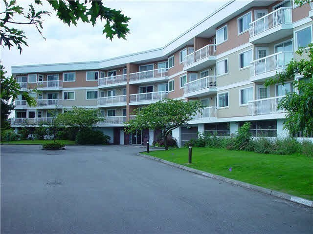 "Main Photo: 203 11240 MELLIS Drive in Richmond: East Cambie Condo for sale in ""MELLIS GARDENS"" : MLS® # R2161189"