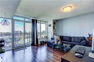 Main Photo: 1015 38 W Joe Shuster Way in Toronto: Niagara Condo for sale (Toronto C01)  : MLS(r) # C3843658