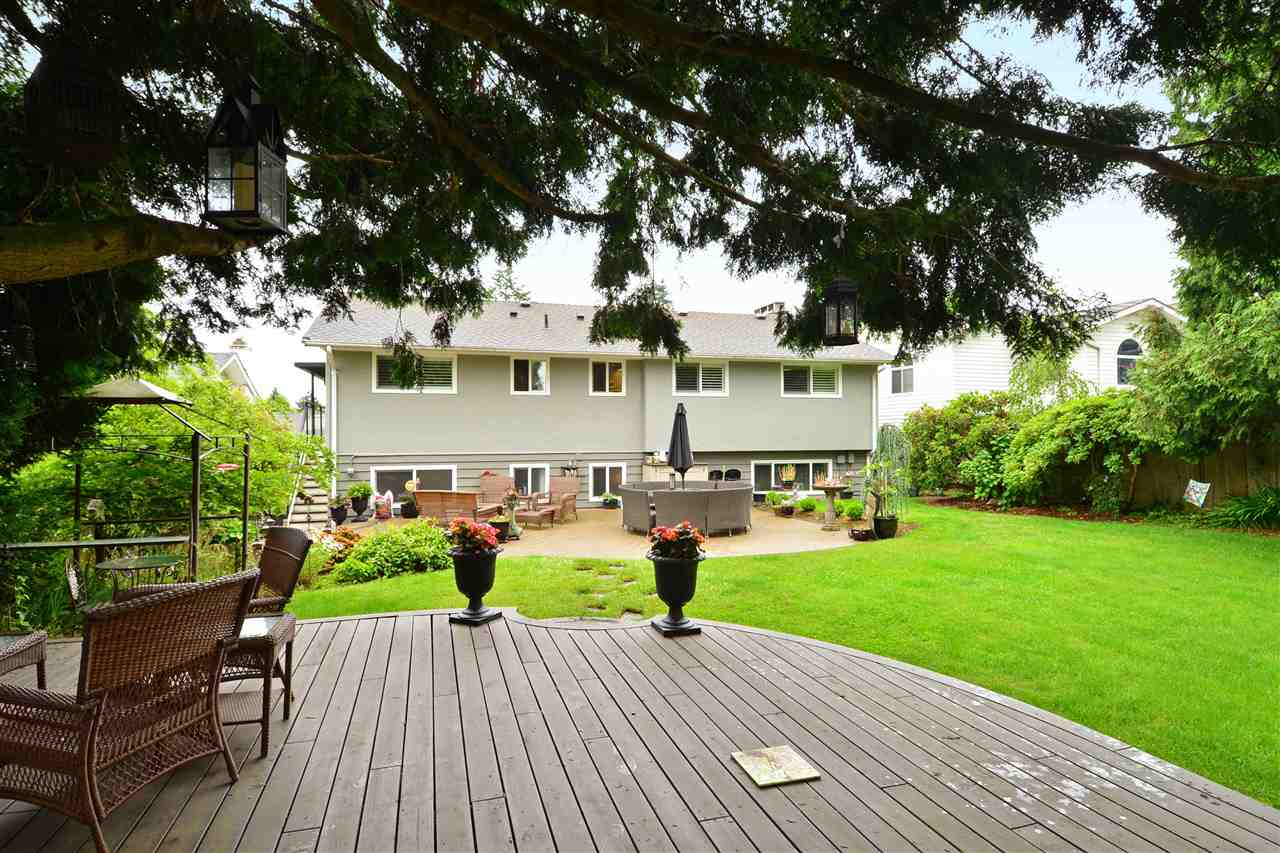 "Photo 20: 15701 GOGGS Avenue: White Rock House for sale in ""WHITE ROCK"" (South Surrey White Rock)  : MLS(r) # R2178923"