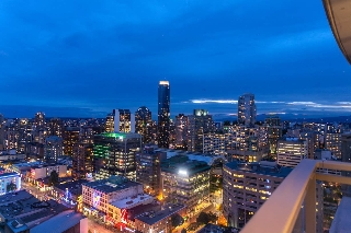 "Main Photo: 2706 833 SEYMOUR Street in Vancouver: Downtown VW Condo for sale in ""Capitol Residences"" (Vancouver West)  : MLS(r) # R2191018"