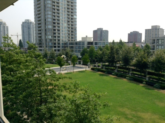 "Main Photo: 308 7108 COLLIER Street in Burnaby: Highgate Condo for sale in ""ARCADIA WEST"" (Burnaby South)  : MLS® # R2196624"