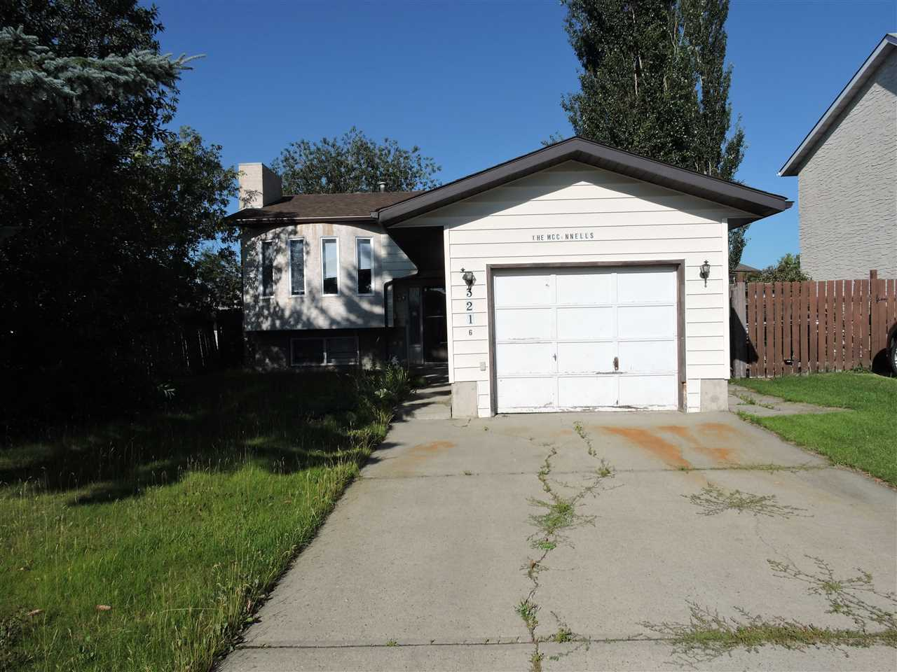 Main Photo: 3216 44A Street NW in Edmonton: Zone 29 House for sale : MLS® # E4077904