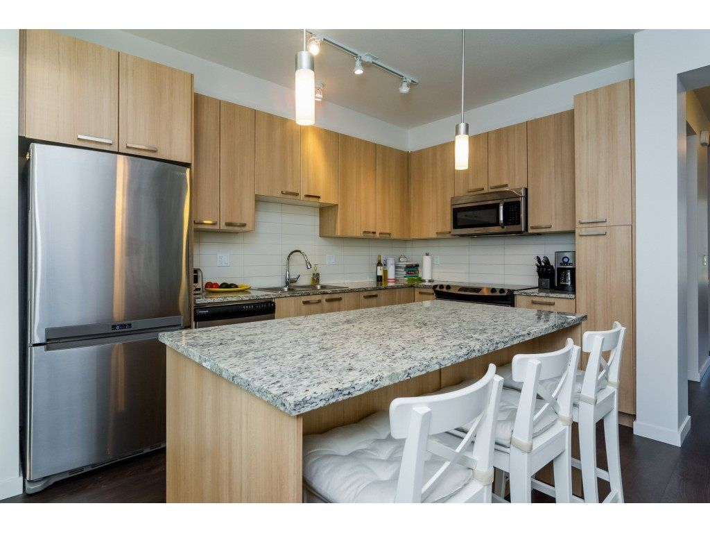 "Photo 6: Photos: 21 8355 164 Street in Surrey: Fleetwood Tynehead Townhouse for sale in ""Silverwood"" : MLS® # R2225292"