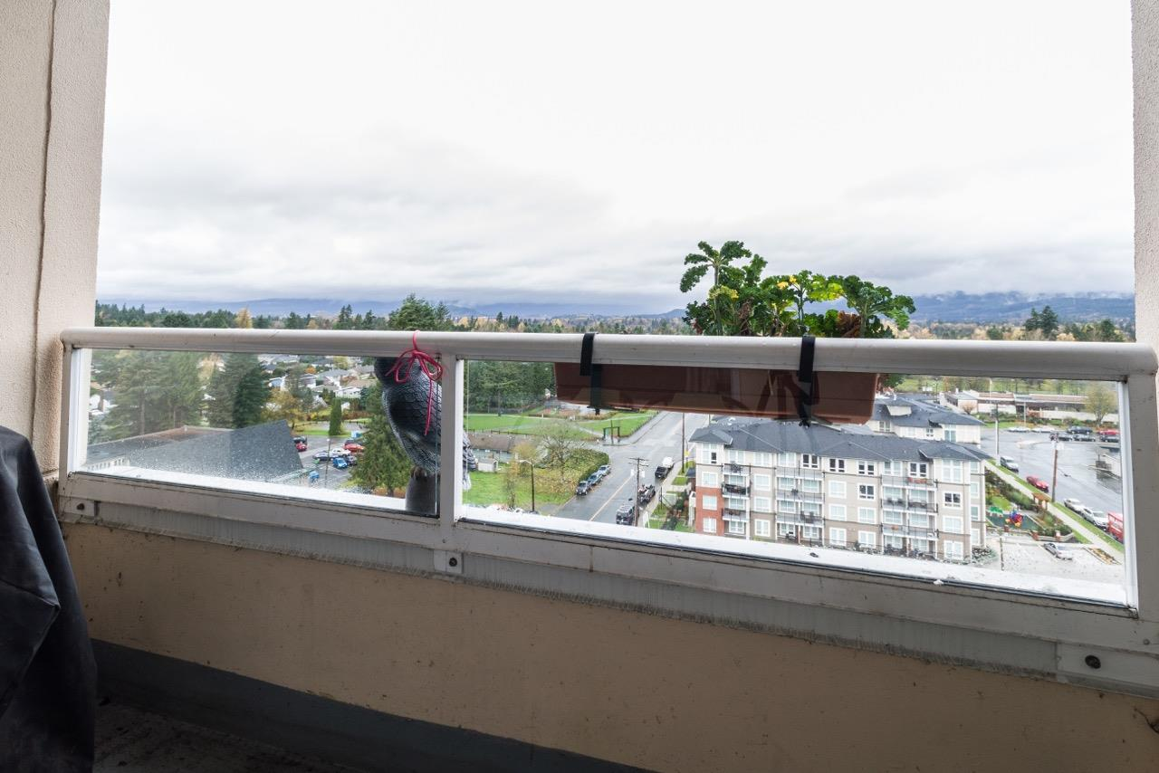 FEATURED LISTING: 1102 - 11980 222 Street Maple Ridge