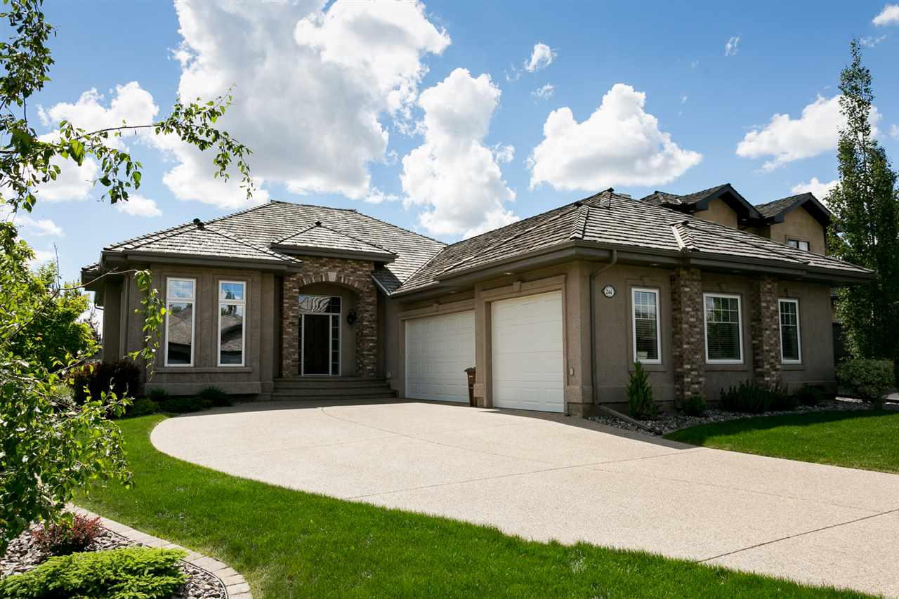 Main Photo: 244 Kingswood Boulevard: St. Albert House for sale : MLS®# E4112852