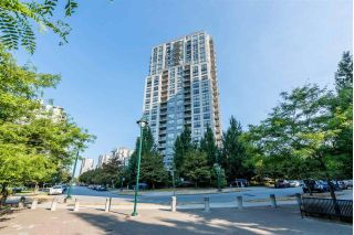 Main Photo: 708 3663 CROWLEY Drive in Vancouver: Collingwood VE Condo for sale (Vancouver East)  : MLS®# R2298157