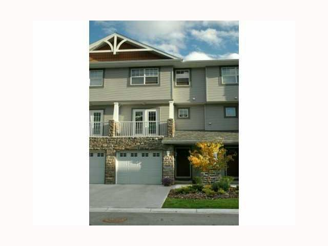 FEATURED LISTING: 313 INGLEWOOD Grove Southeast CALGARY