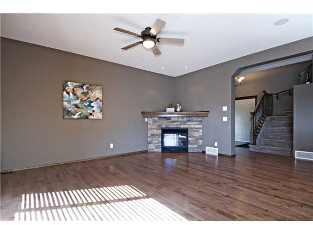 Photo 11: 50 Tuscany Vista Road NW in CALGARY: Tuscany Residential Detached Single Family for sale (Calgary)  : MLS® # C3608144