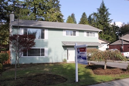 "Main Photo: 20611 44 Avenue in Langley: Langley City House for sale in ""Uplands"" : MLS® # R2011534"