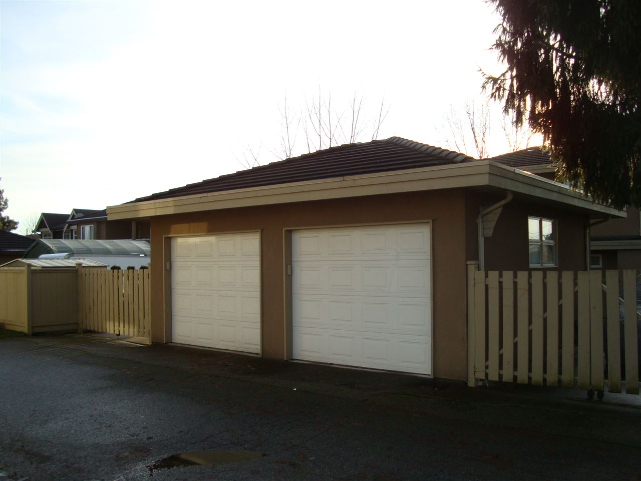 Photo 14: 7562 16TH Avenue in Burnaby: Edmonds BE House 1/2 Duplex for sale (Burnaby East)  : MLS® # R2022922
