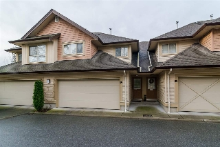 "Main Photo: 86 20350 68 Avenue in Langley: Willoughby Heights Townhouse for sale in ""Sunridge"" : MLS® # R2034327"