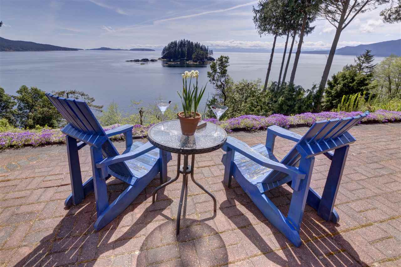 Main Photo: 4662 CAMERON Road in Madeira Park: Pender Harbour Egmont House for sale (Sunshine Coast)  : MLS® # R2098175
