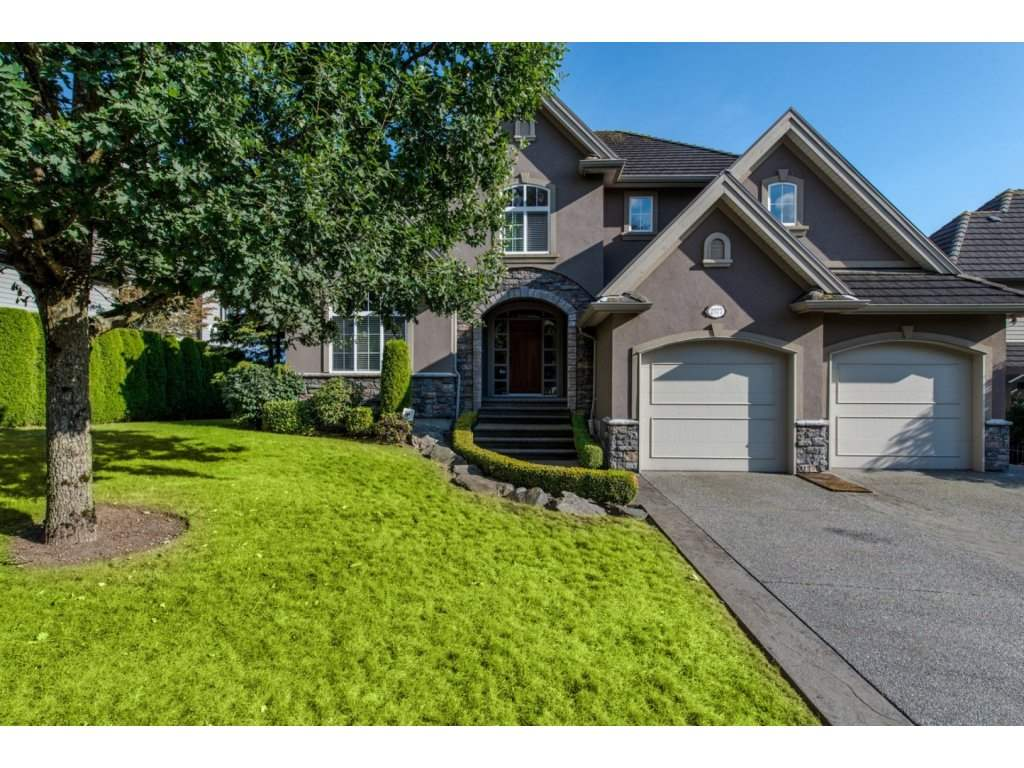 "Main Photo: 2577 EAGLE MOUNTAIN Drive in Abbotsford: Abbotsford East House for sale in ""Eagle Mountain"" : MLS® # R2109653"