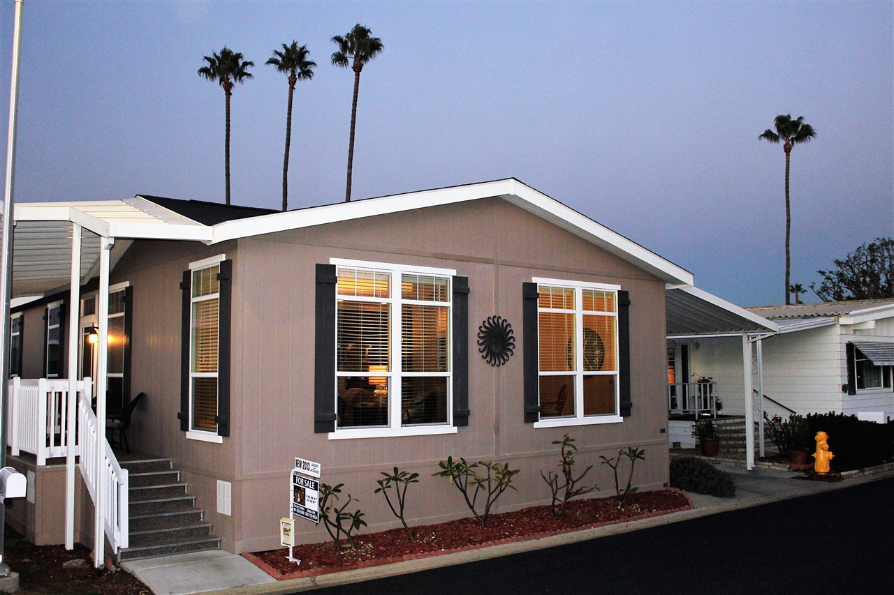 Main Photo: CARLSBAD WEST Manufactured Home for sale : 2 bedrooms : 7134 Santa Rosa #117 in Carlsbad