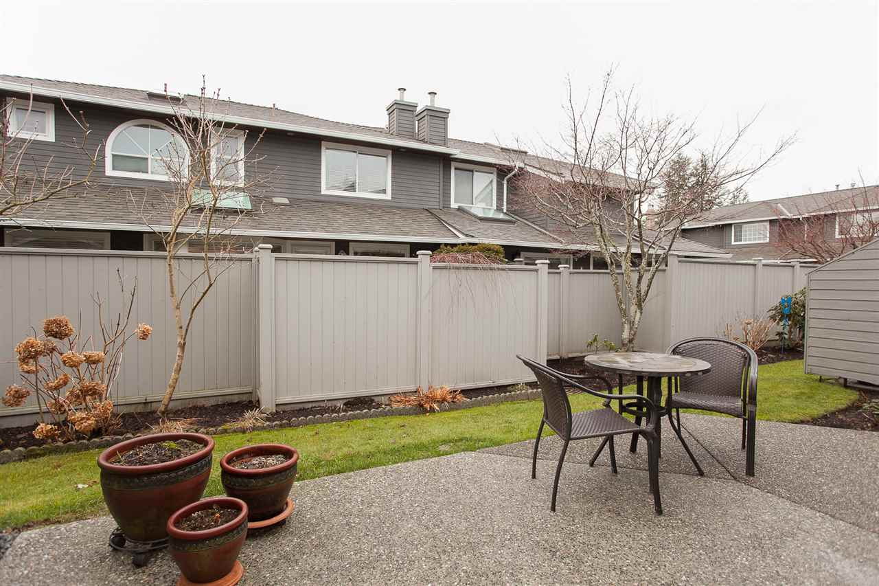 "Photo 20: 6167 W BOUNDARY Drive in Surrey: Panorama Ridge Townhouse for sale in ""LAKEWOOD GARDENS IN BOUNDARY PARK"" : MLS® # R2133410"