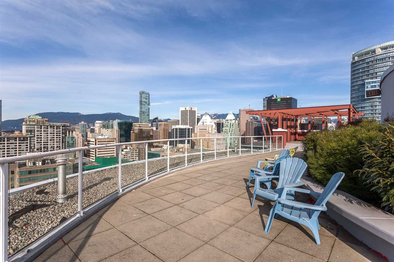 "Photo 13: 1214 933 SEYMOUR Street in Vancouver: Downtown VW Condo for sale in ""THE SPOT"" (Vancouver West)  : MLS(r) # R2137026"