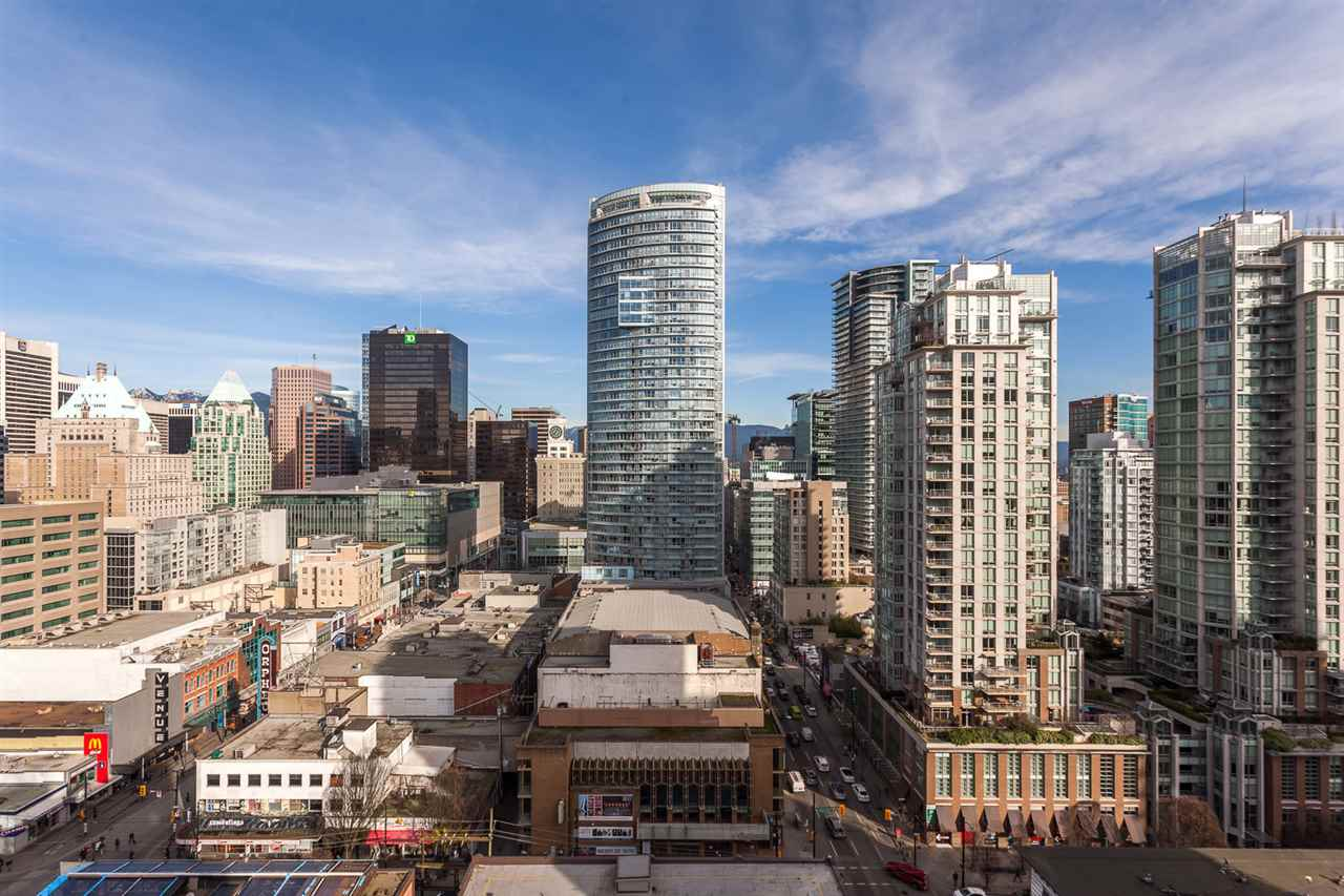 "Photo 12: 1214 933 SEYMOUR Street in Vancouver: Downtown VW Condo for sale in ""THE SPOT"" (Vancouver West)  : MLS(r) # R2137026"