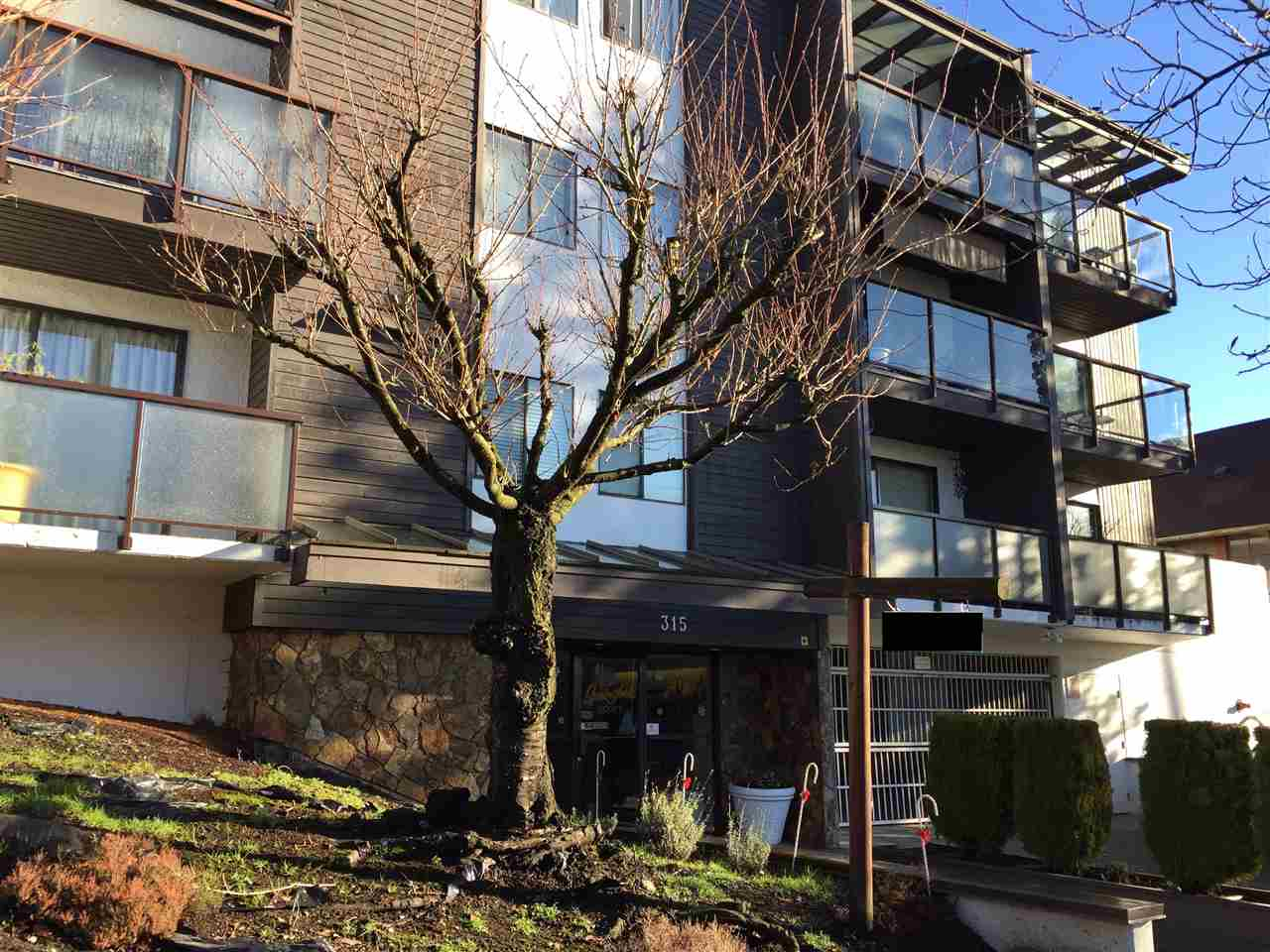 "Main Photo: 209 315 TENTH Street in New Westminster: Uptown NW Condo for sale in ""SPRINGBOK"" : MLS(r) # R2140023"