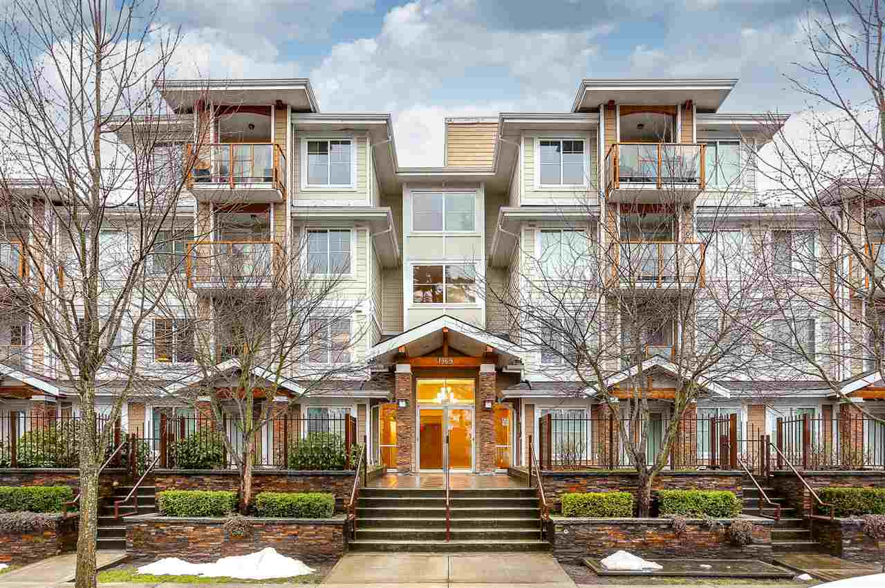 Main Photo: 212 1969 WESTMINSTER Avenue in Port Coquitlam: Glenwood PQ Condo for sale : MLS®# R2140125