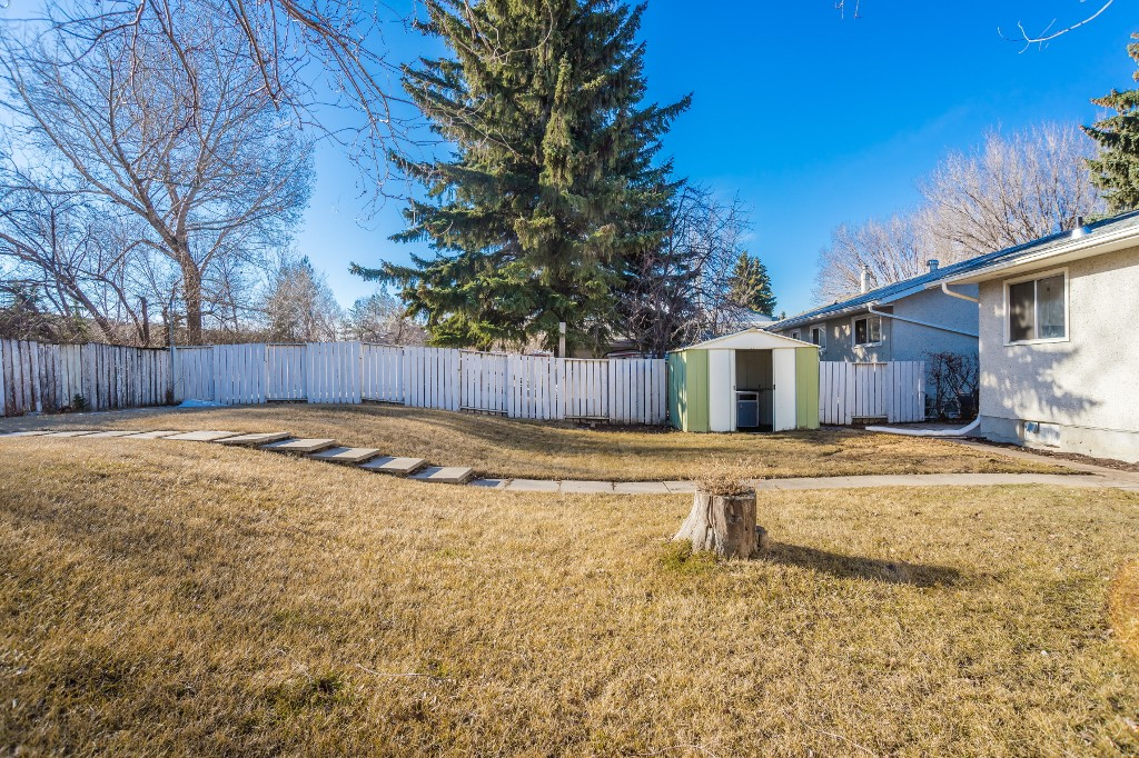 Photo 28: 29 Clark Crescent in Saskatoon: Brevoort Park Single Family Dwelling for sale (Saskatoon Area 02)  : MLS(r) # 603927